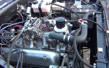 двигатель V8 газ 24