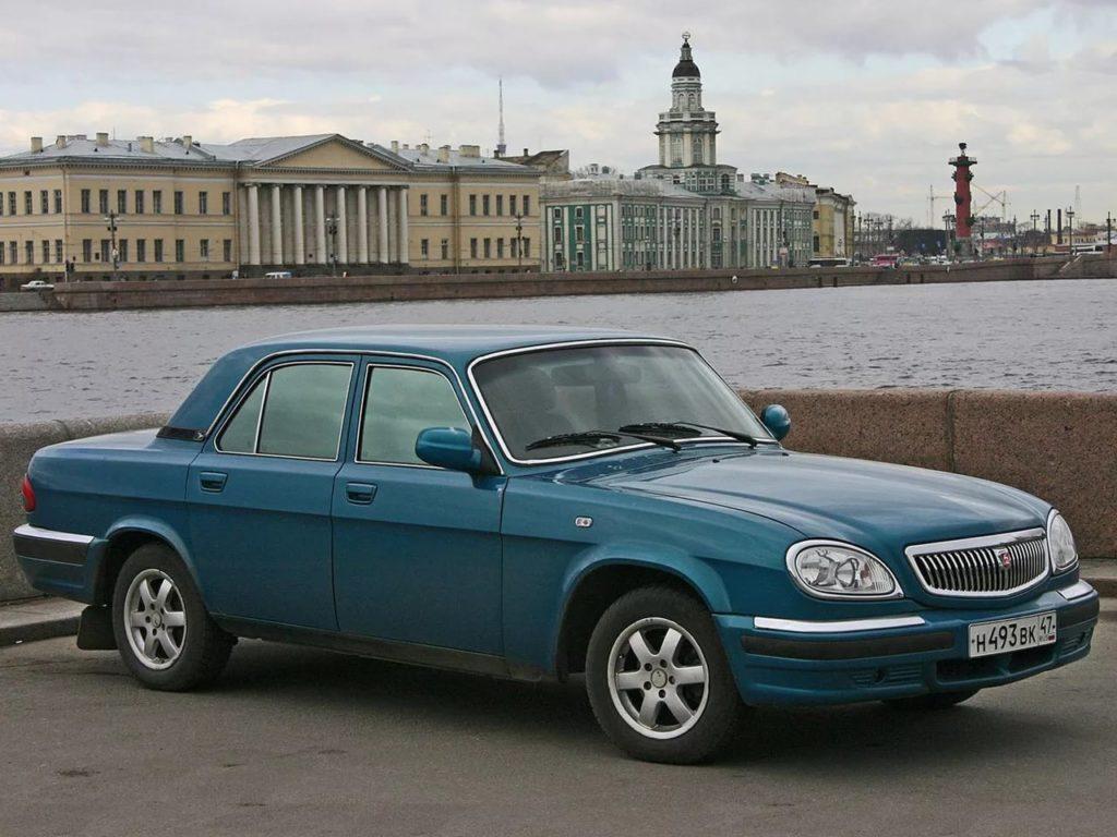 ГАЗ 31105