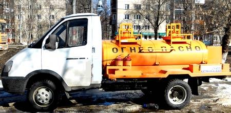 топливозаправщик ГАЗ 3302