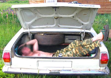 газ 2410  багажник