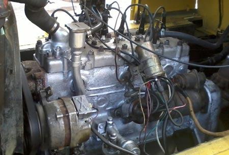 двигатель газ 52