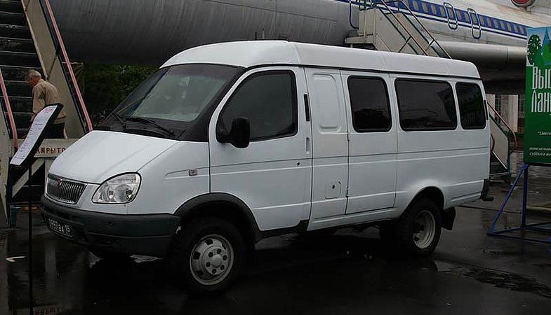 ГАЗ-27057